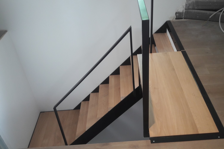 escalier m tallique ferronnerie fell tous projets sur mesure. Black Bedroom Furniture Sets. Home Design Ideas